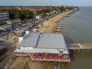 Promenade-Felixstowe-Suffolk-7