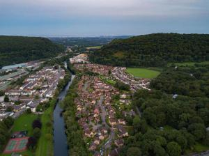 Main Rd Gwaelod-y-garth Cardiff 2